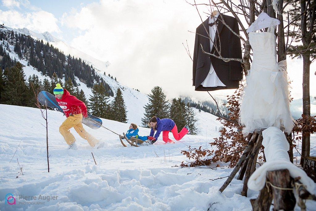 alpes alpes du nord alps annecy famille haute-savoie hiver la clusaz les confins les rhodos luge mariage mariage à la montage mariage au ski mariage hiver montagne neige savoie séance famille ski snow snowboard trash the dress wedding photo session