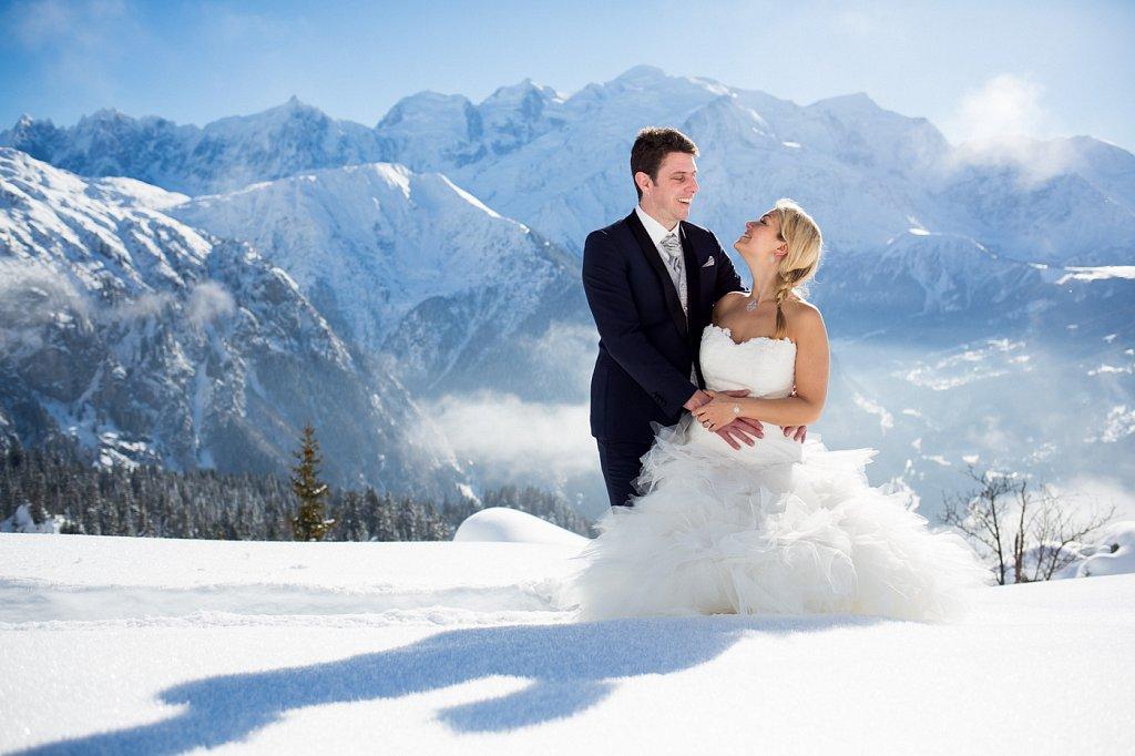 After day de Clémentine et Antoine sur les skis et en face du Mont-Blanc