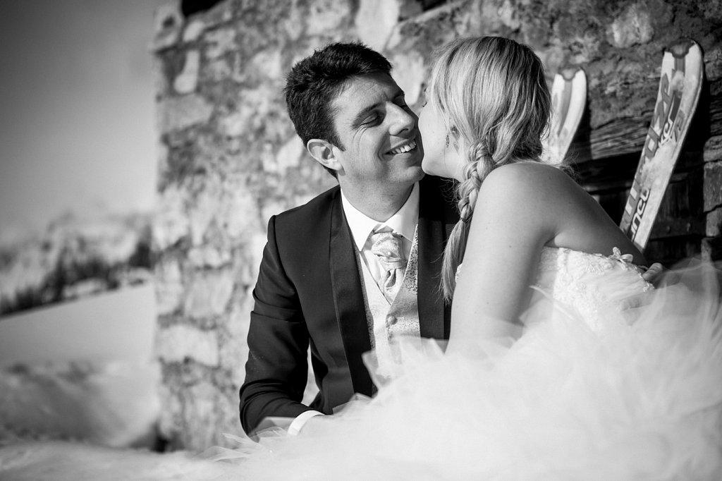 after day chalet chamonix contamines-montjoie haute-savoie mariage mariage à la montagne mariage au ski mariage chamonix mont-blanc mountain wedding neige plaine-joux ski wedding trash the dress wedding